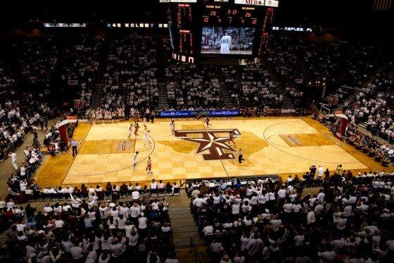 Top 10 Ncaa Hardwood Basketball Courts